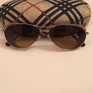 262b9a2193d Women s Burberry Sunglasses